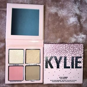 Kylie Cosmetics Holiday Face Palette NWT